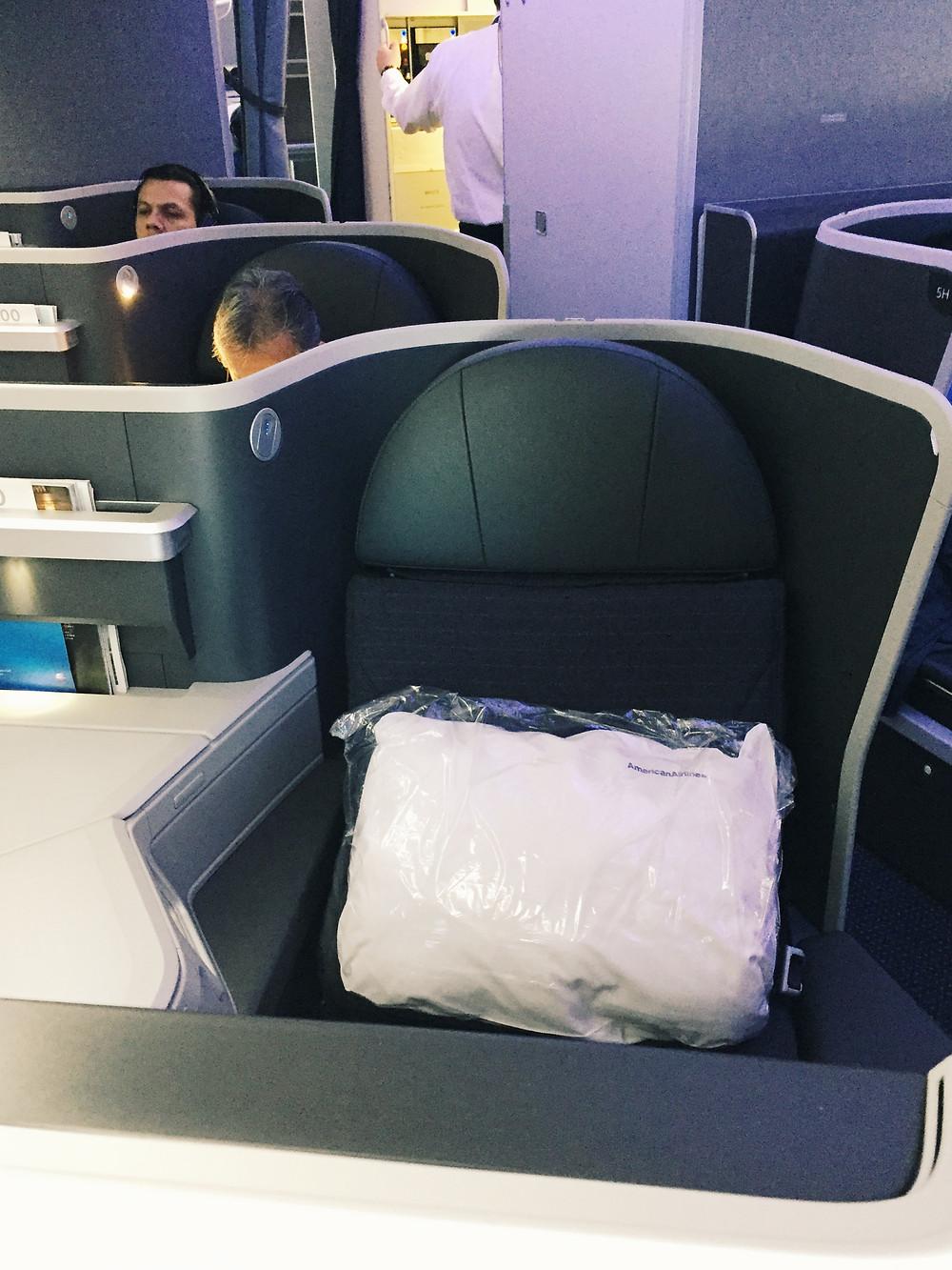 American Airlines, B/E Aerospace Diamond Business Class Seat
