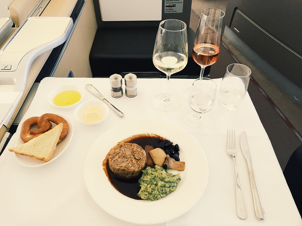 Lufthansa First Class, Main Course