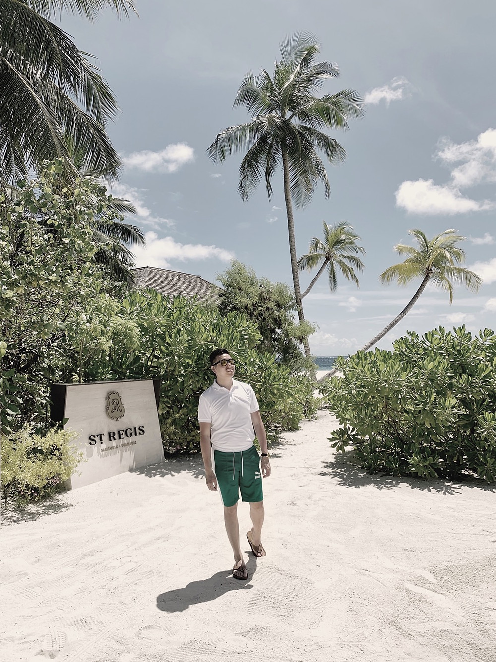 Maldives in May: St. Regis Welcome Sign