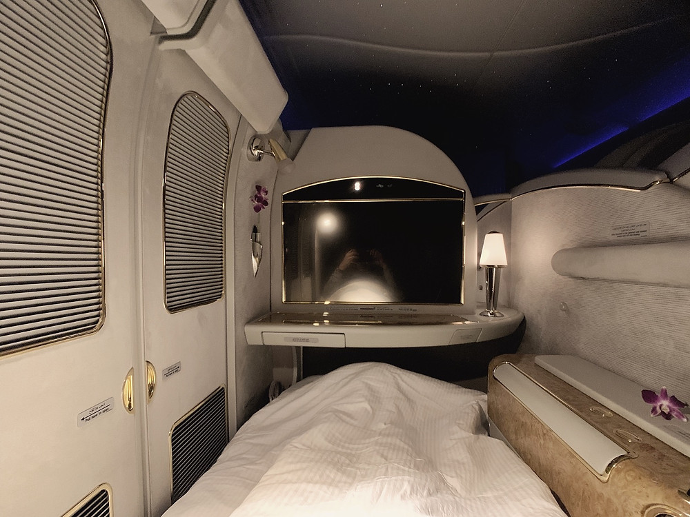Emirates First Class San Francisco - Dubai, Turndown Service