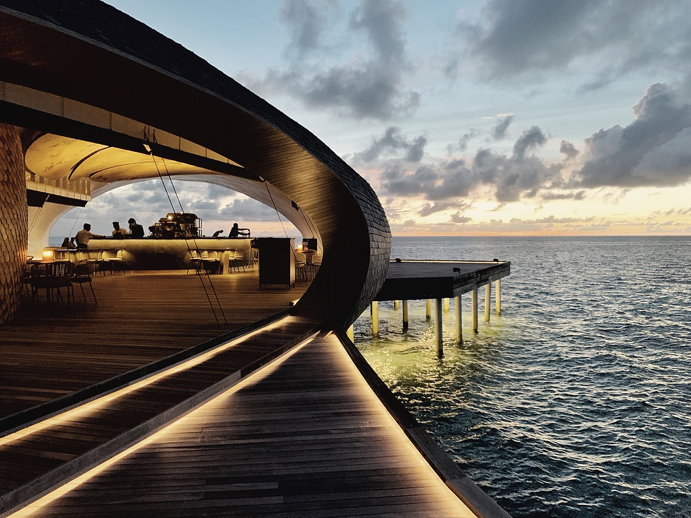 Maldives in May: St. Regis Whale Bar