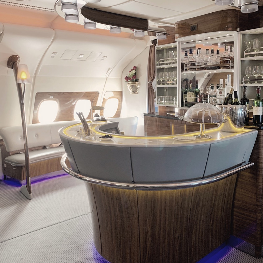 The Emirates Flagship A380 is configured with one of the coolest bars at 35,000 feet.