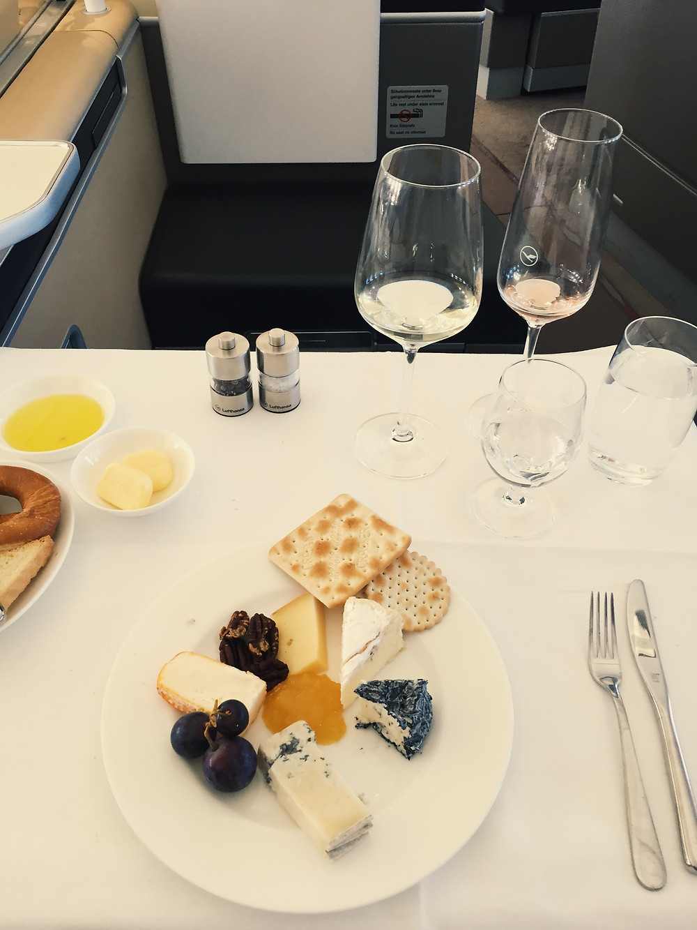 Lufthansa First Class, Cheese Plate