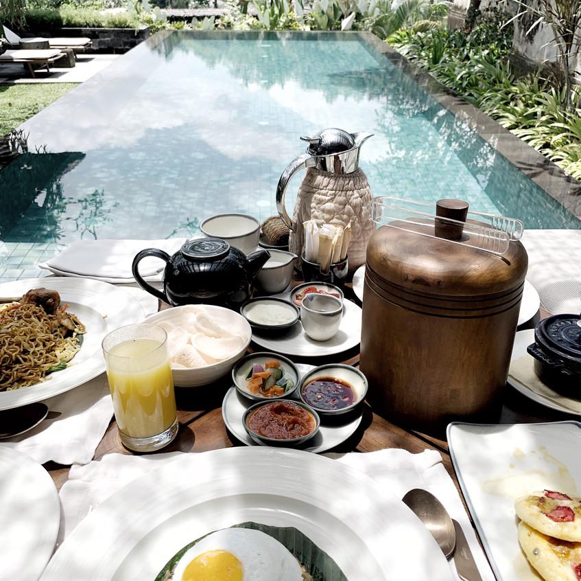 Mandapa Poolside Breakfast