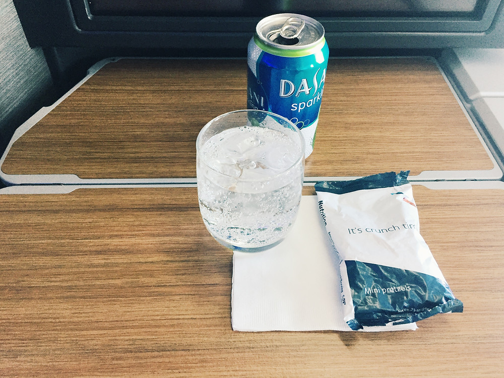 American Airlines Business Class, Drinks and Nuts