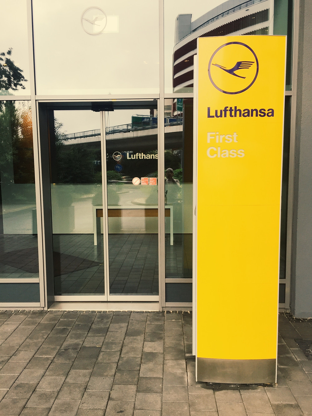Lufthansa First Class Terminal, Ground Floor Entrance