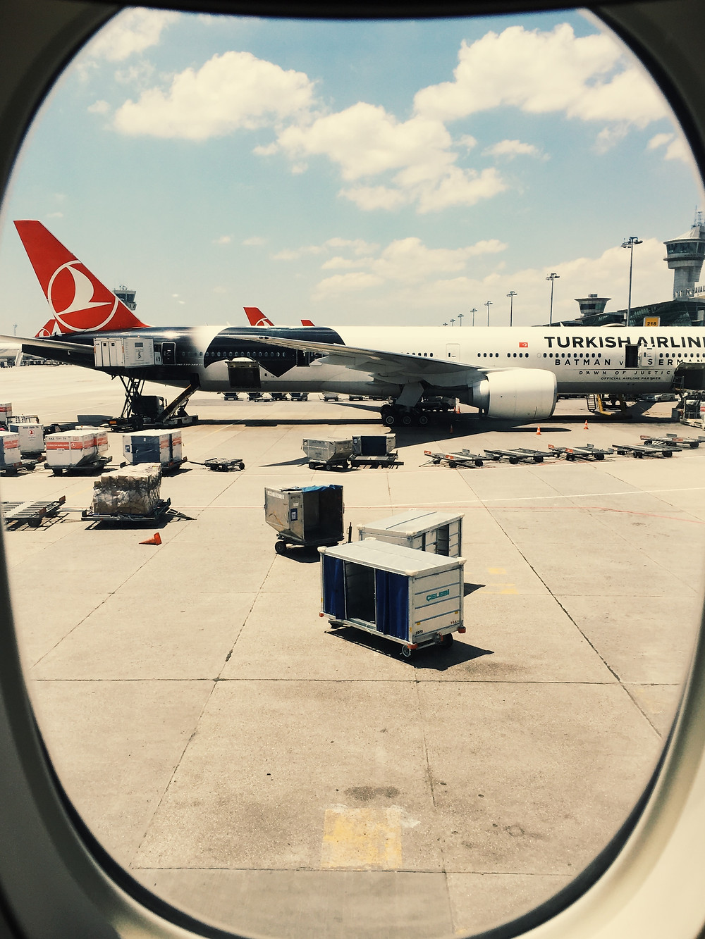 Turkish Airlines, Special Batman v Superman Livery
