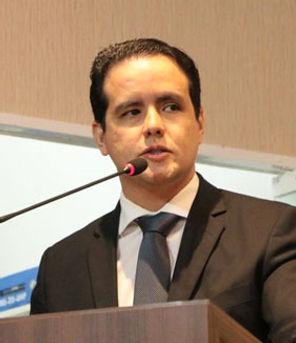 Prof. Thiago Fujita