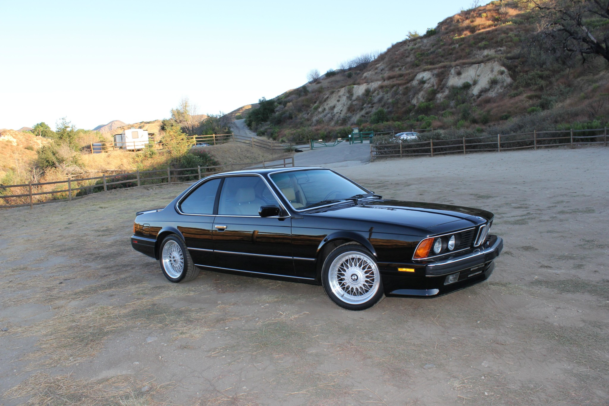 1988 bmw M6 kent classic cars (12).jpg