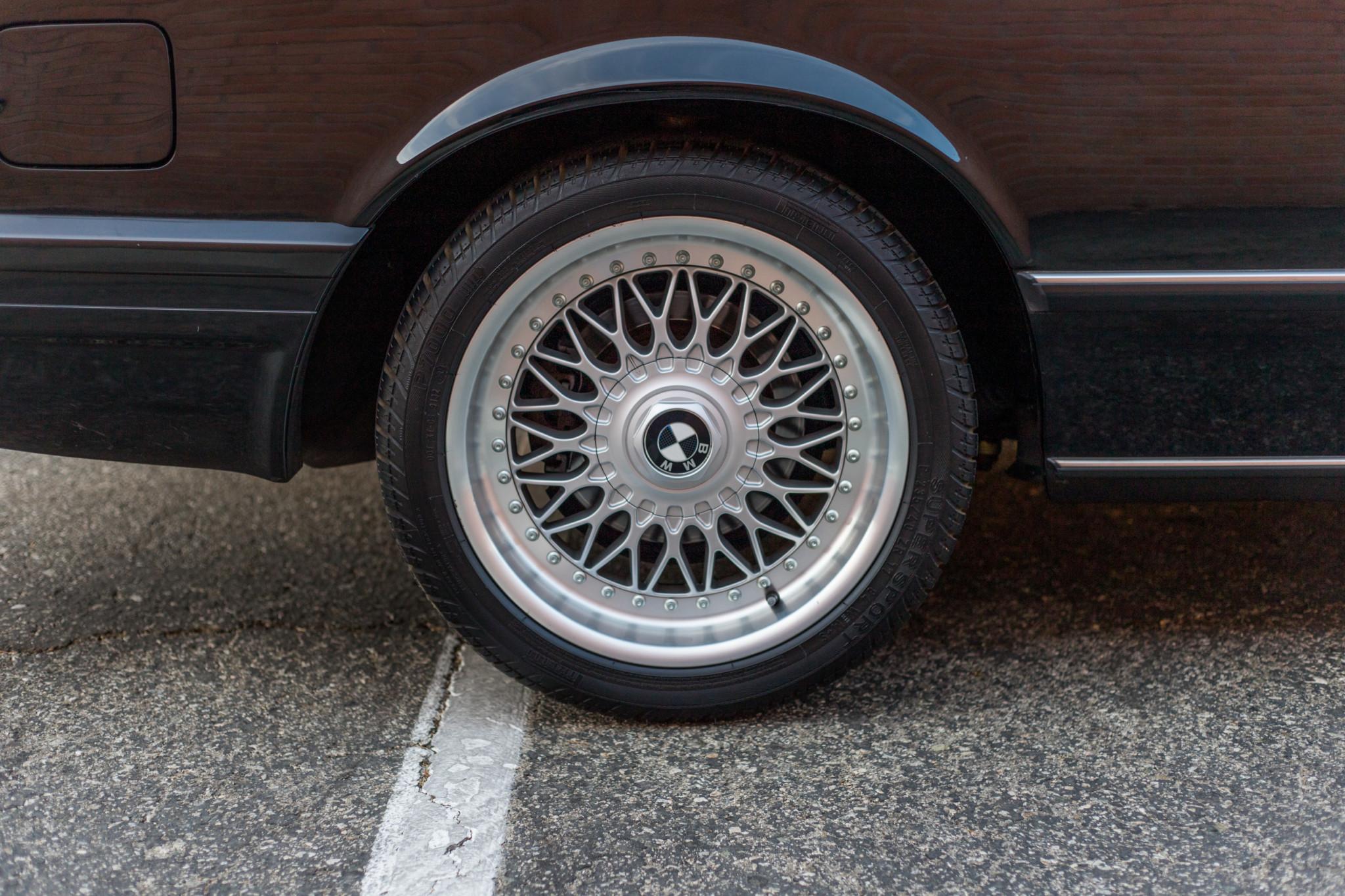 1988 bmw M6 kent classic cars (43).jpg