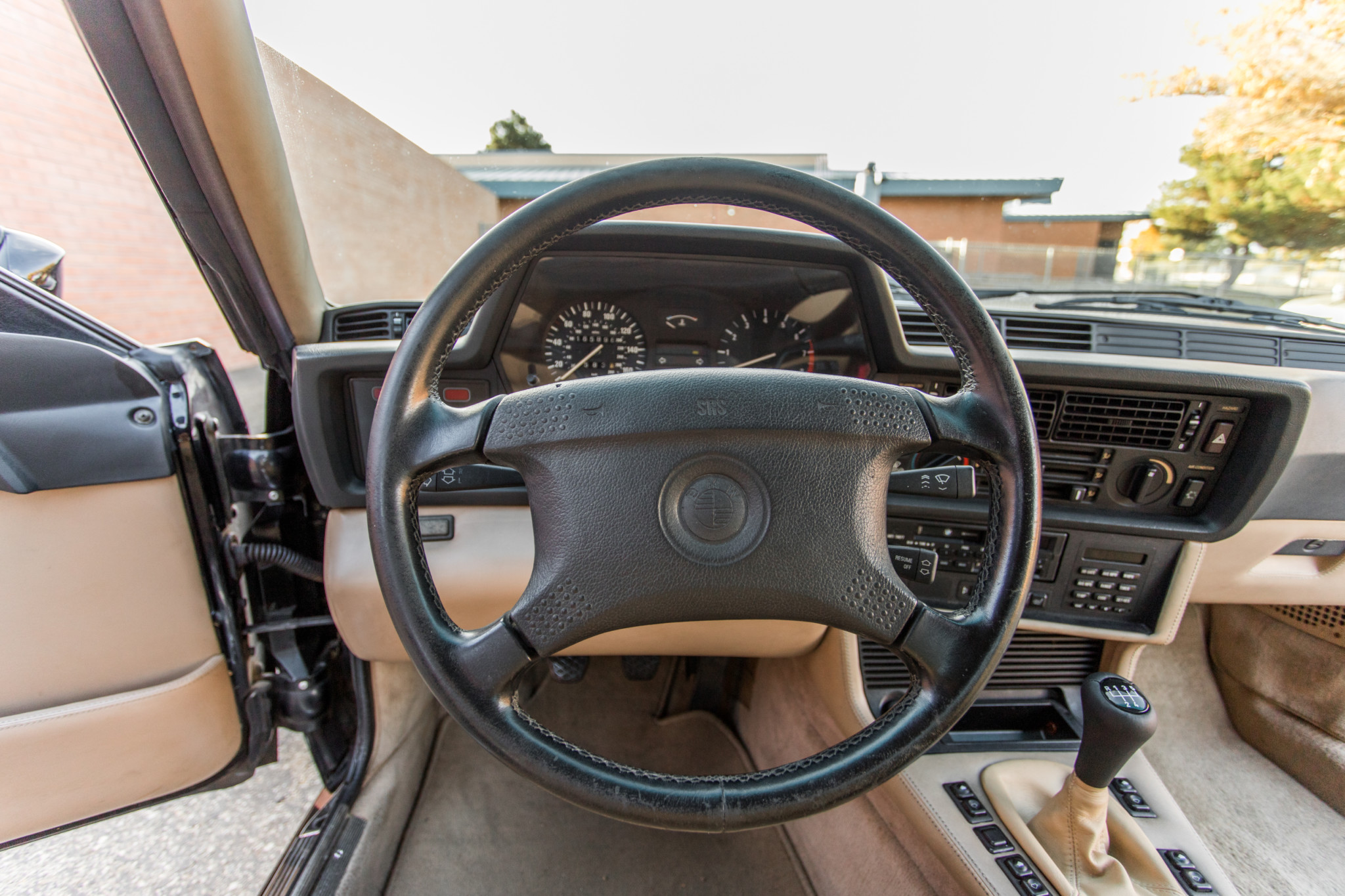 1988 bmw M6 kent classic cars (44).jpg