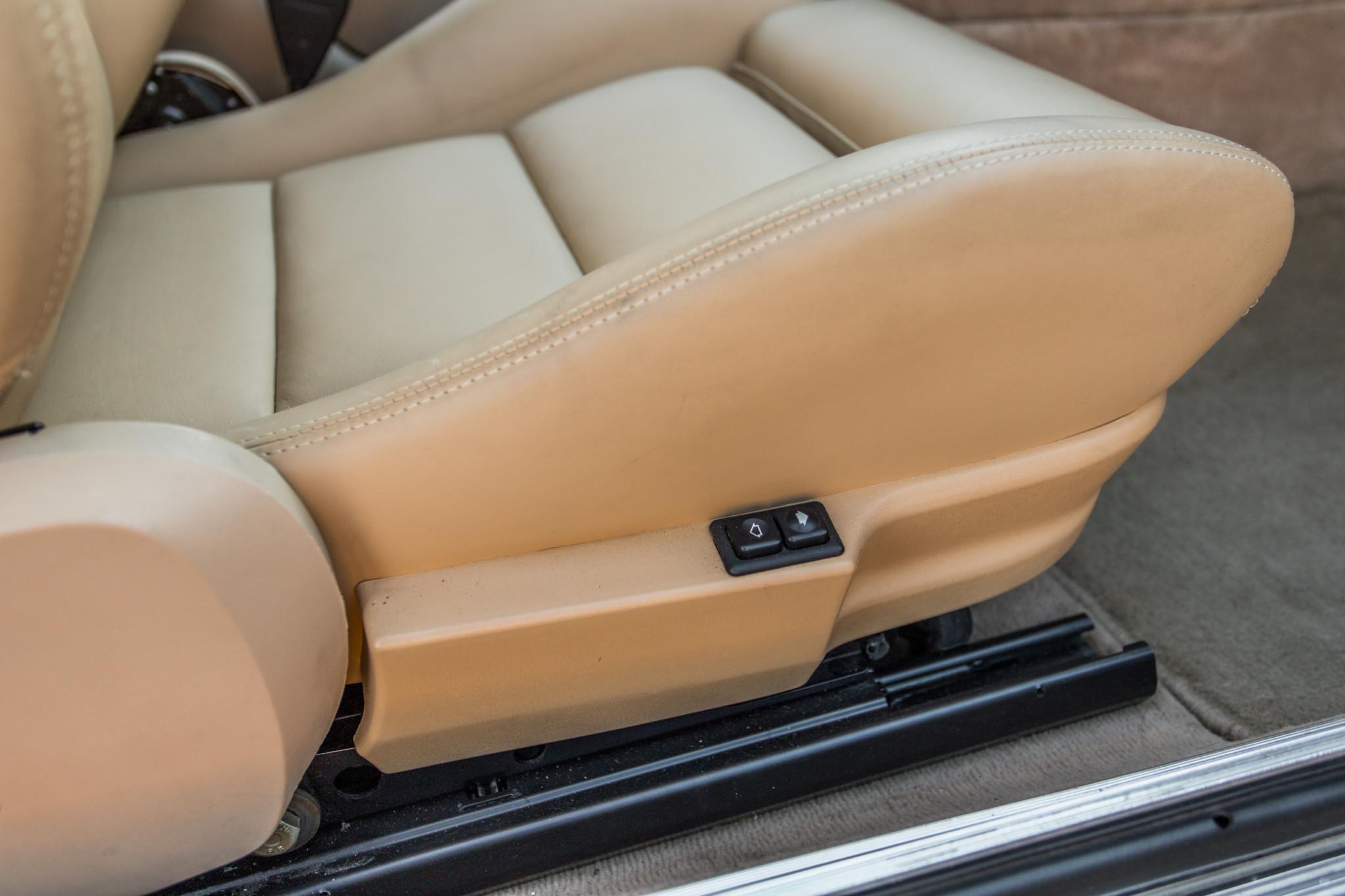 1988 bmw M6 kent classic cars (68).jpg