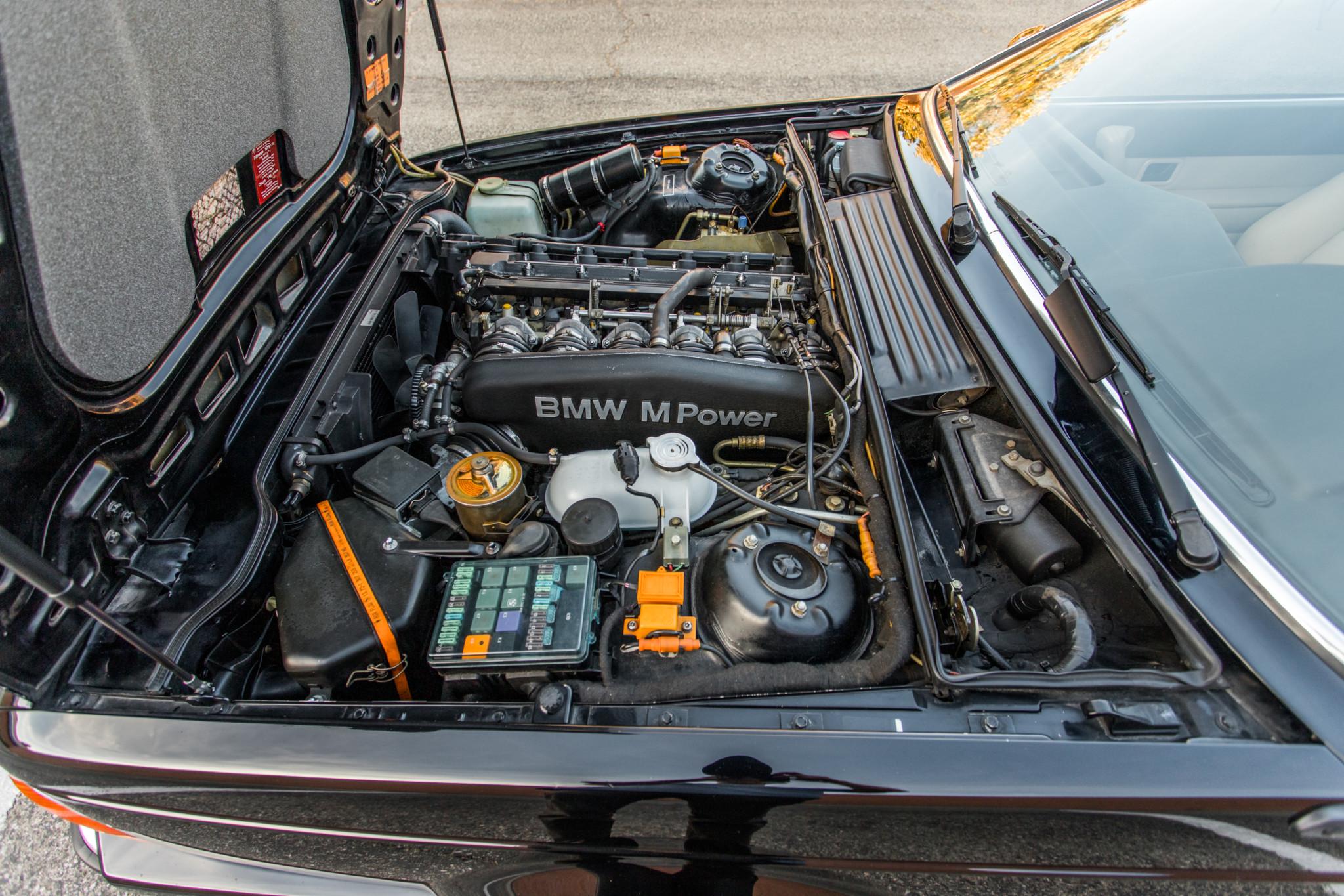 1988 bmw M6 kent classic cars (81).jpg