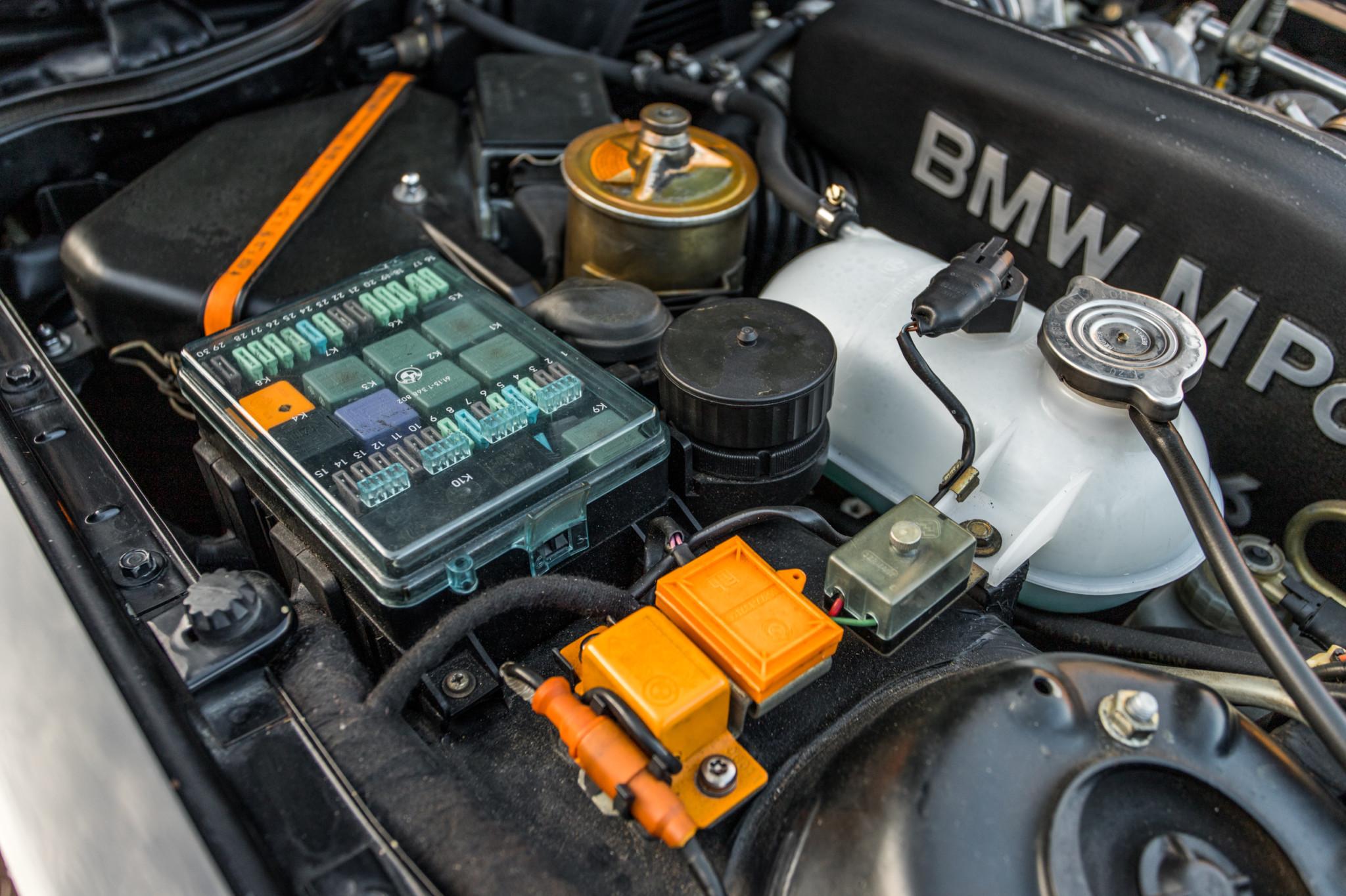 1988 bmw M6 kent classic cars (83).jpg