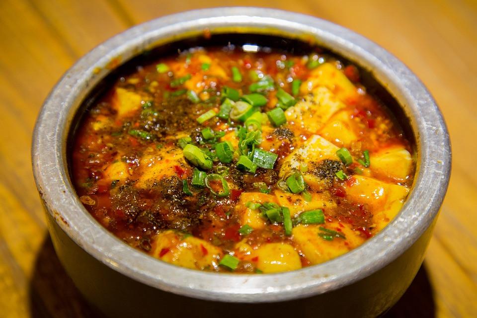 Chinese mapo tofu gerecht