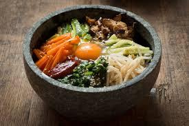 Koreaanse bibimbap gerecht