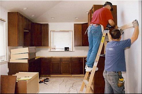 team of handymen working in Hampton VA o