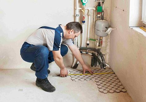 Corona California handyman working on flooring service