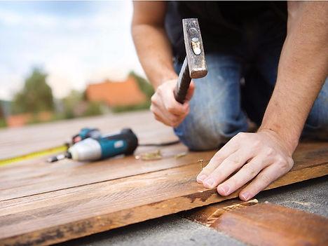 handyman working in Norfolk Virginia on generic repair services