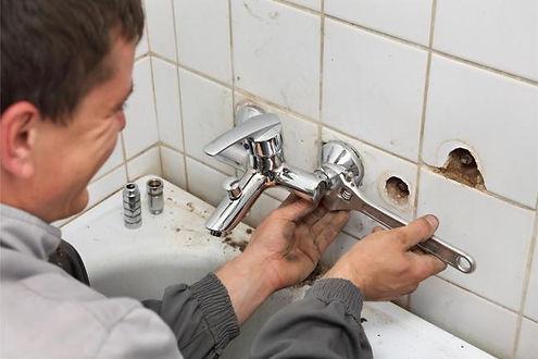 Hampton VA plumbing service work being d