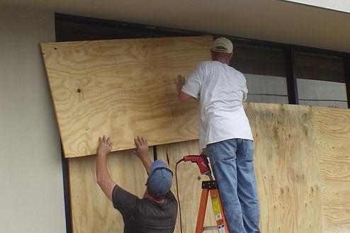 Norfolk Virginia generic repair being done by a handyman