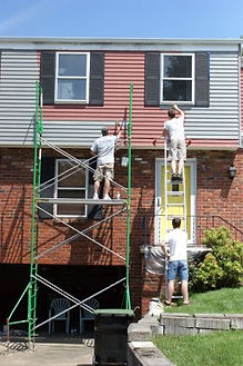 handyman working in Norfolk Virginia on painting services