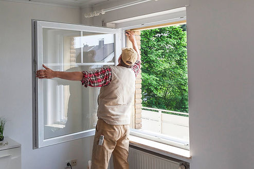 Norfolk Virginia windows services work being done by a handyman