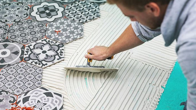 Corona California flooring service work being done by a handyman