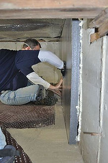 insulation expert working on crawl space insulation service in Indianapolis Indiana