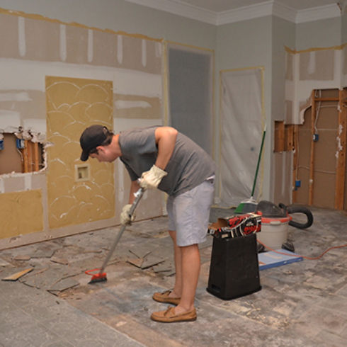 flooring done by a team of handymen in Mobile Alabama