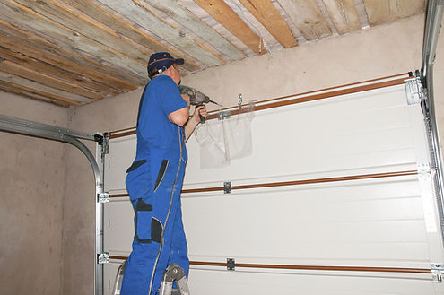 team of insulation experts working in Baltimore Maryland