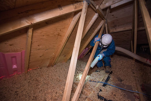 team of insulation experts working in Indianapolis Indiana on blown in insulation service