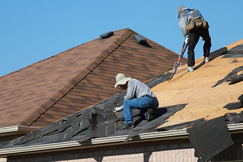 team of handymen working in Corona California on roofing services