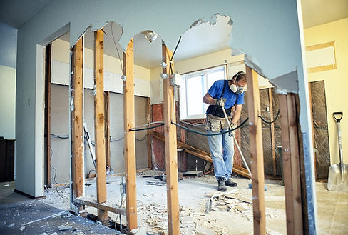 Mobile Alabama bathroom remodeling work being done by a handyman