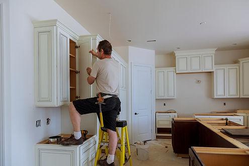 Hampton VA handyman working on kitchen r