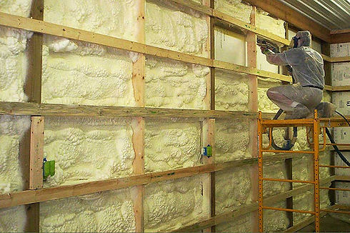 insulation expert working in Baltimore, MD on basement insulation services