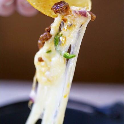 Chorizo & Queso Fundido