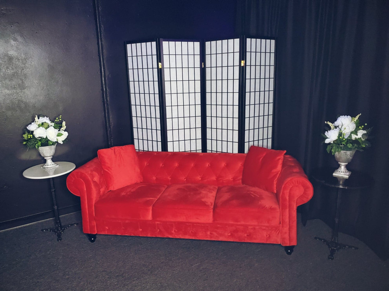 Selfie Station Couch