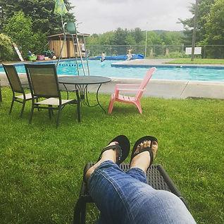 pool relax.jpg