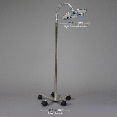 OPERATING ROOM LIGHT