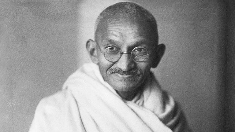 Mahatma Ghandi | Sois le changement que tu veux voir autour de toi et dans le monde