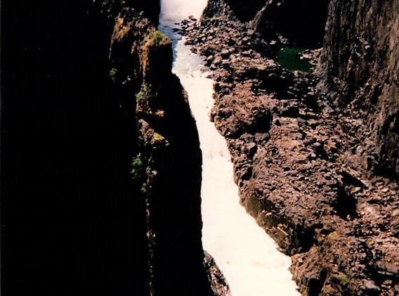 34 Zambèze à la sortie des chutes