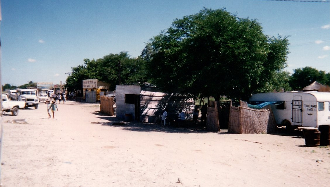 28 Maun Okawango 1996