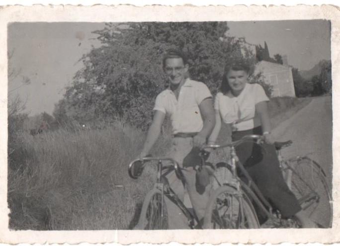 Bruno et Raymonde Arienti 1937 Joncquières