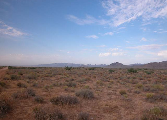 2.50 Acres – Near Chloride, AZ - 340-24-075B
