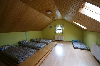 спальная комната на 2 этаже