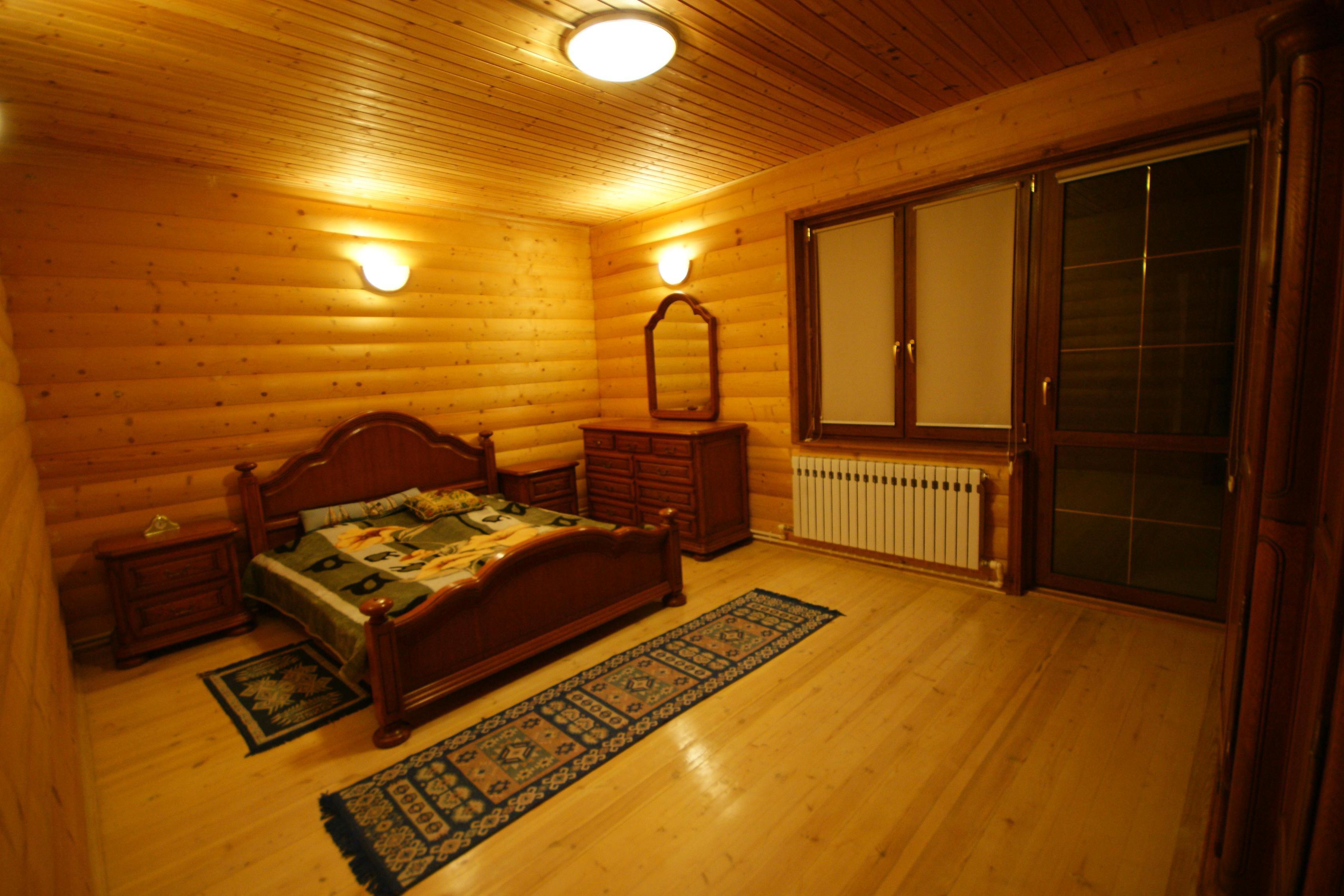 Спальня комната №1( 2эт)