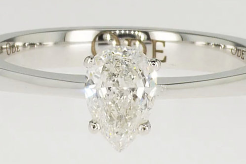 Outlet Pear shaped diamond ring