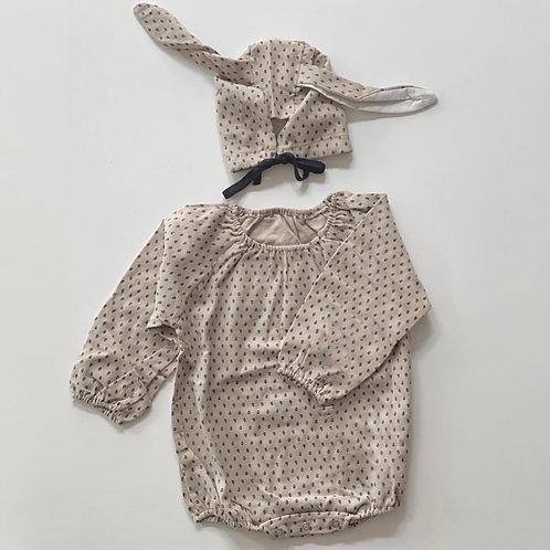 Bebe Bunny Bodysuit and Bonnet (beige)