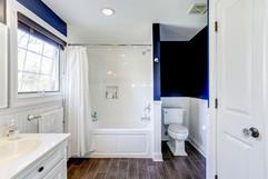 Bathrooms0003.jpg